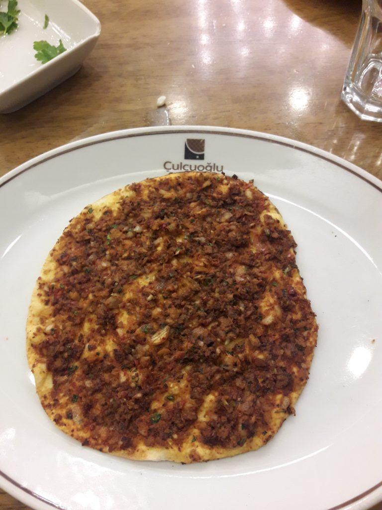 şanlıurfa-yemek-lahmacun